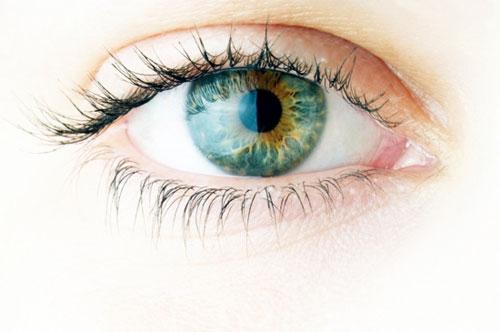 Как заботится об уставших глазах