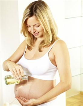 Растяжки при беременности – как их избежать?